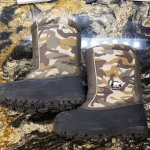 Sorel Kids Size 1 Snow Command Boots